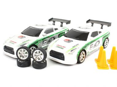 TOYANDMODELSTORE: Radio Controlled Drift Car 1/24 scale rc model Nissan gtr